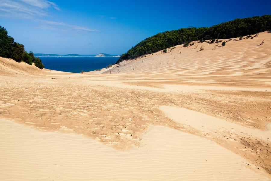 tin can bay activities beach dunes
